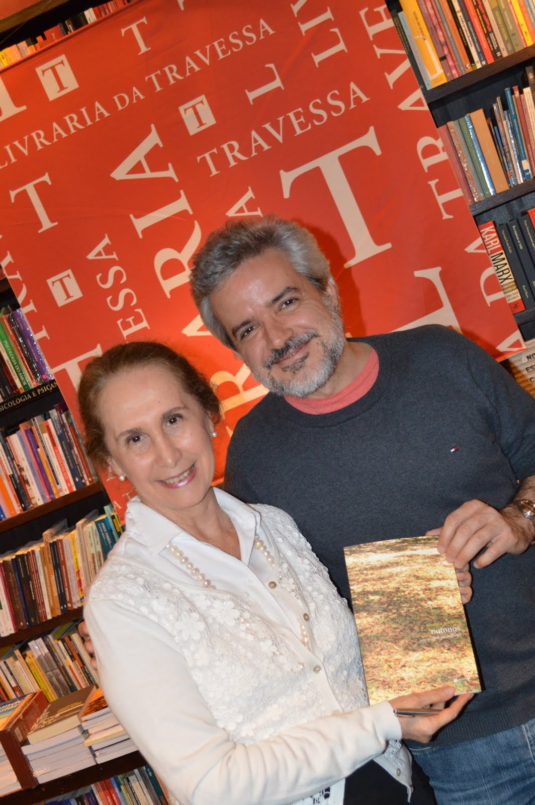 Lançamento do livro Outonos