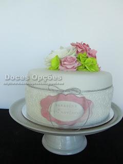 Um bolo florido para o aniversário da Avó