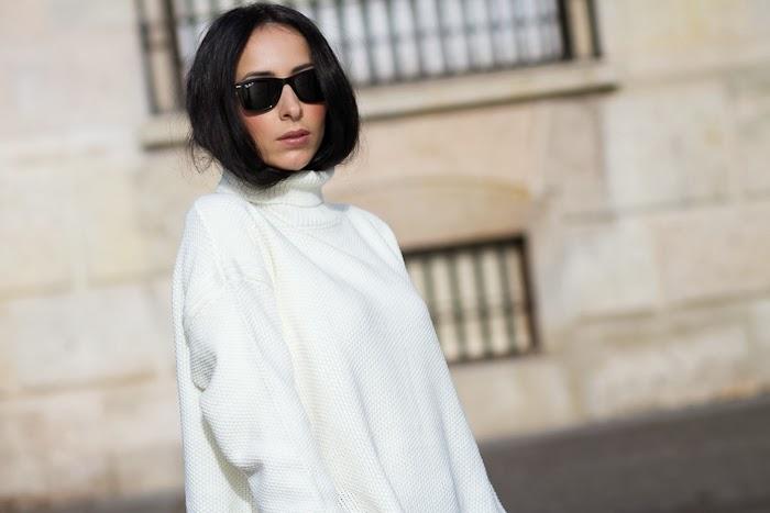 Blogger de moda valenciana con Jersey de Cuello Alto Asimétrico