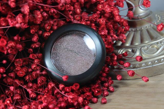 mac, pigmento, sombra, maquiagem, beleza, fashion mimi, pressed pigment, maquiagem, brilho, marrom, neutro
