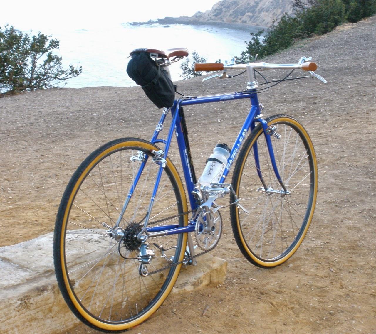 Gazelle cyclocross bike, bicycle, build, Jonsan, Holland, Netherlands, Dutch, California