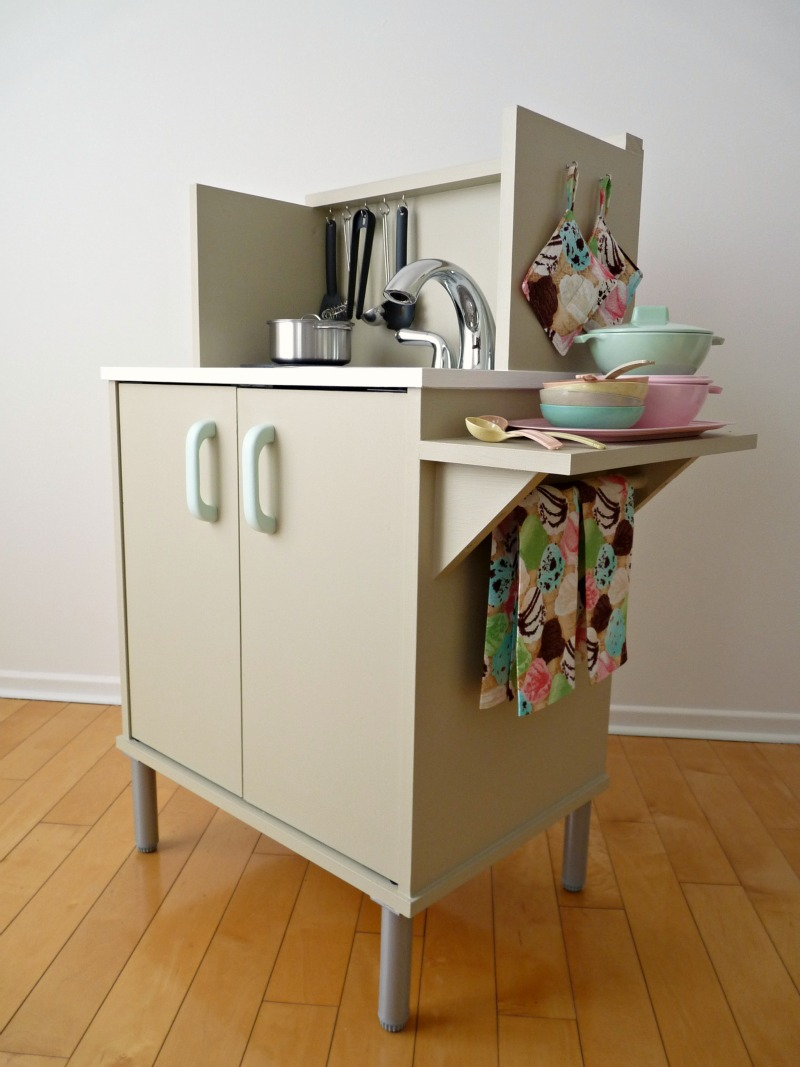 do-it-yourself play kitchen