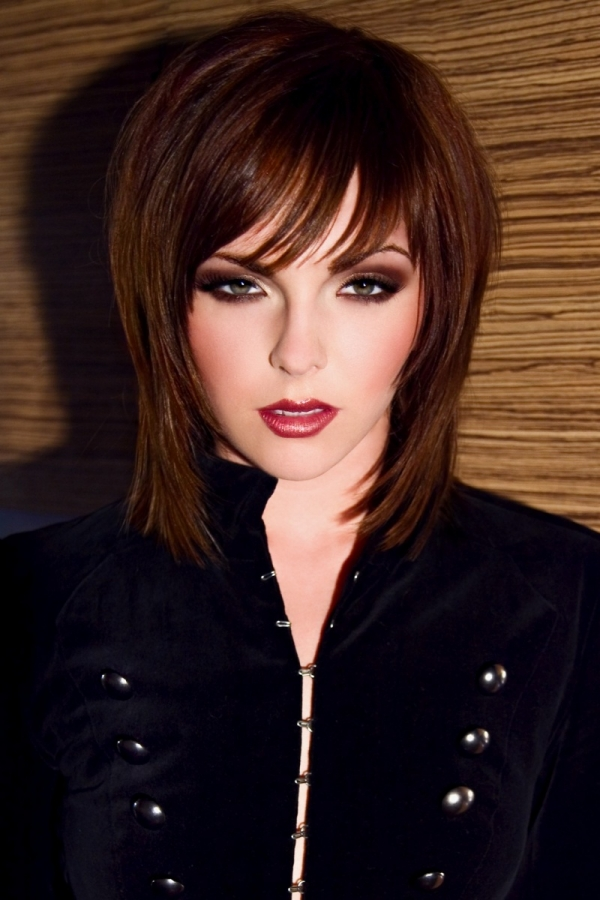 you. Thus medium hair-styles 2012 are ready to help you to demonstrate