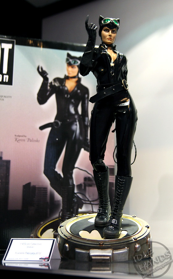CATWOMAN 1:4 SCALE MUSEUM QUALITY Statue  Catwoman-statue