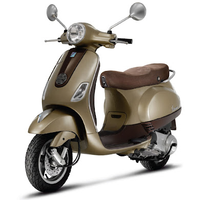 2011-Vespa-LX150-ie