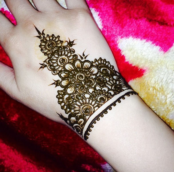 New Latest Mehndi Designs Images Wallpapers Free Download