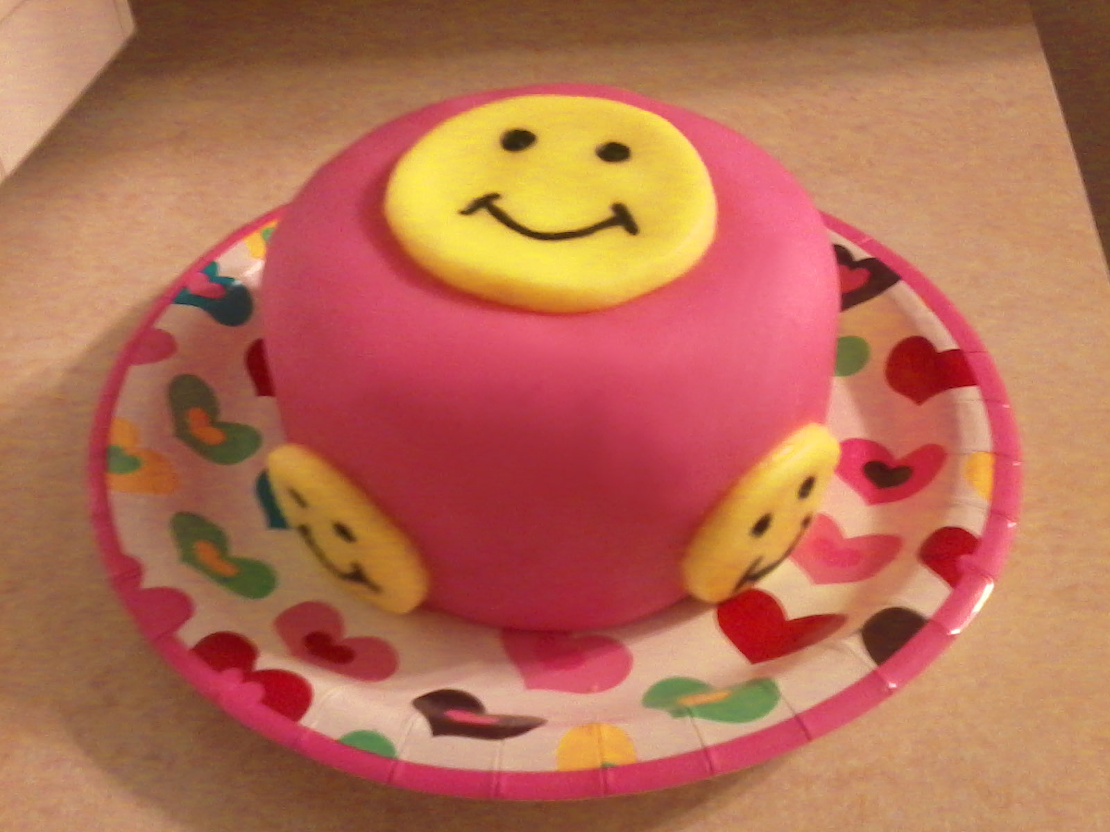 smiley face birthday cakes