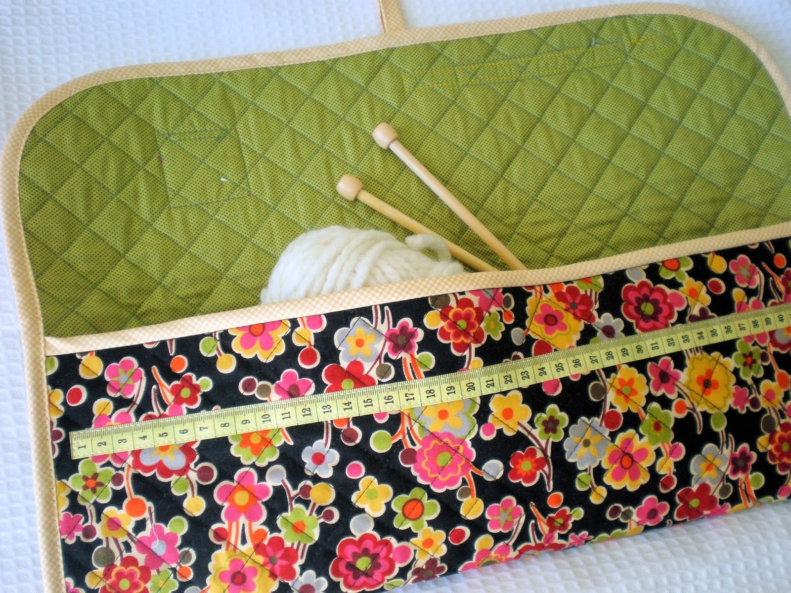 How to make a knitting and crochet pouch a spoonful of sugar bankloansurffo Images