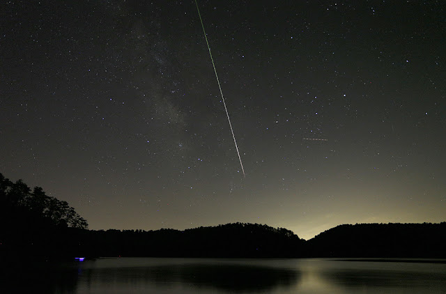 Perseid meteors seen over Allgood, Alabama on Aug. 13, 2015. Credit: Hal Yeager
