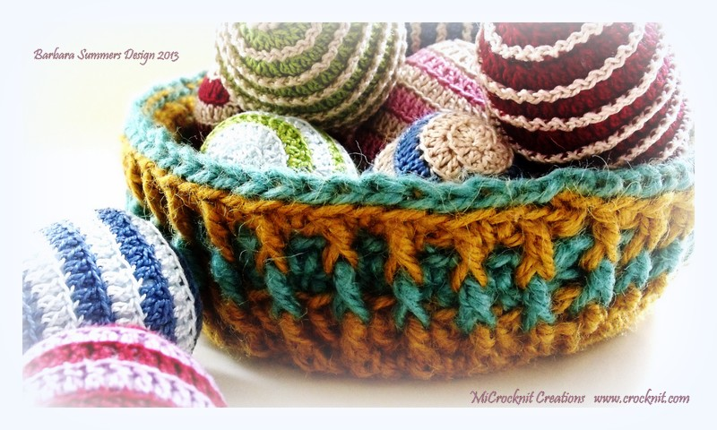 Free Patterns Crochet Baskets Bowls : MICROCKNIT CREATIONS: BRIGHT COLOURS Crochet Baskets for ...
