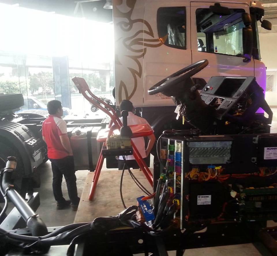 Inside Trucks and Bus Fleets