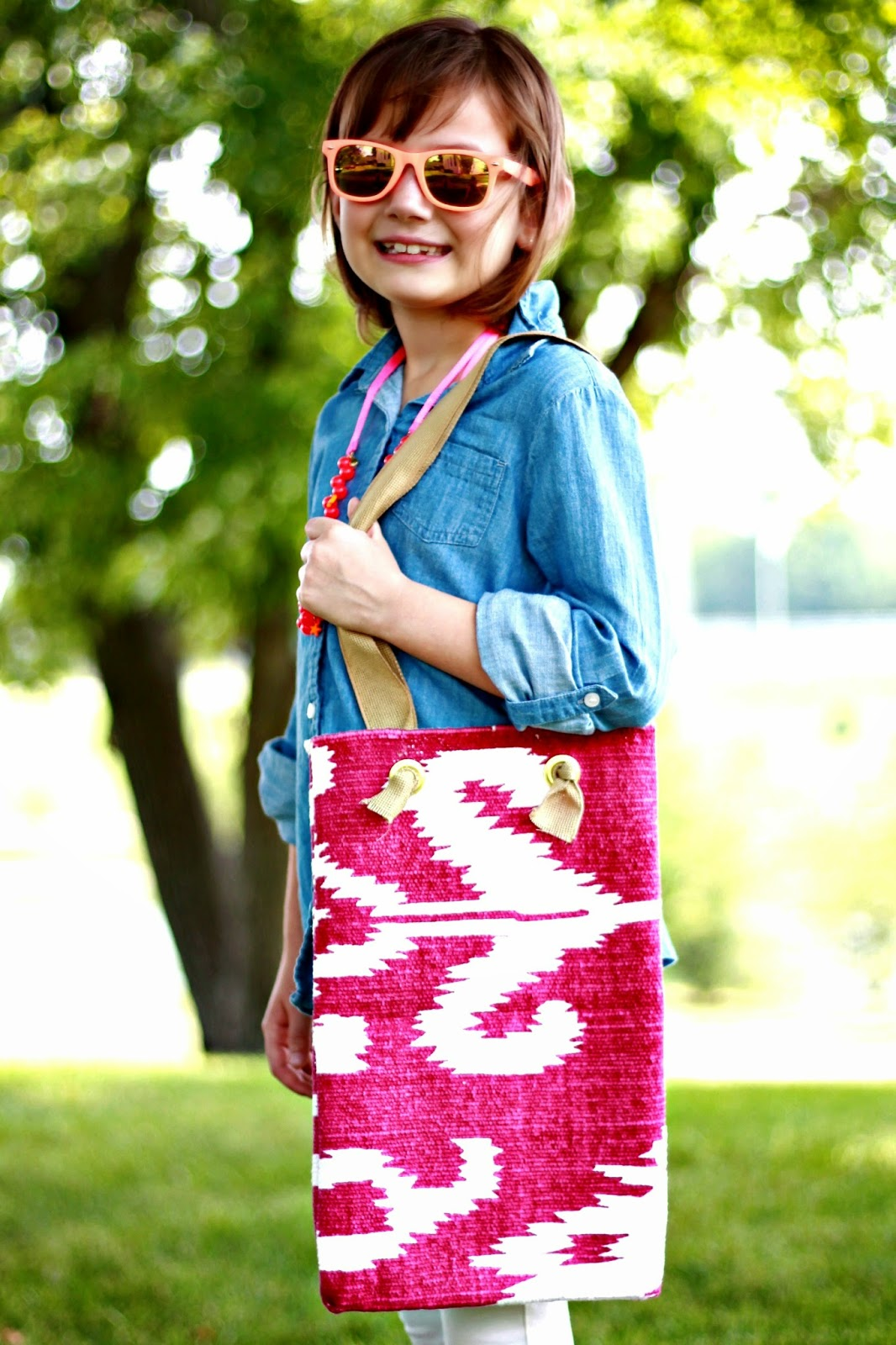make a tote bag out of throw rug