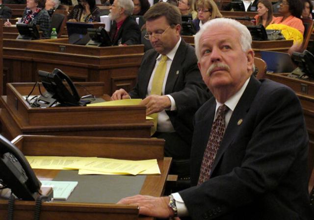 Câmara dos Deputados de Kansas define que a vida começa na fecundação