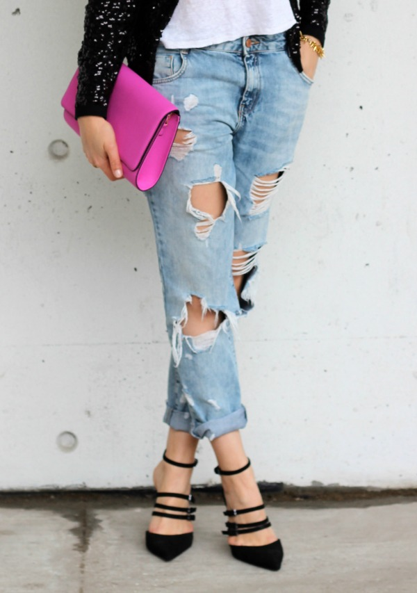 ripped-jeans.jpg