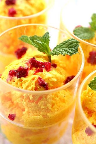 Delicious ice cream: Mango ice-cream