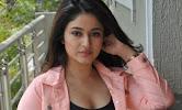 Poonam Bajwa latest sizzling photos-thumbnail