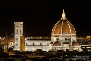 Vista nocturna de la Catedral de Florencia - Autor ©Davide Vadalà - (www.nomadtravellers.com)