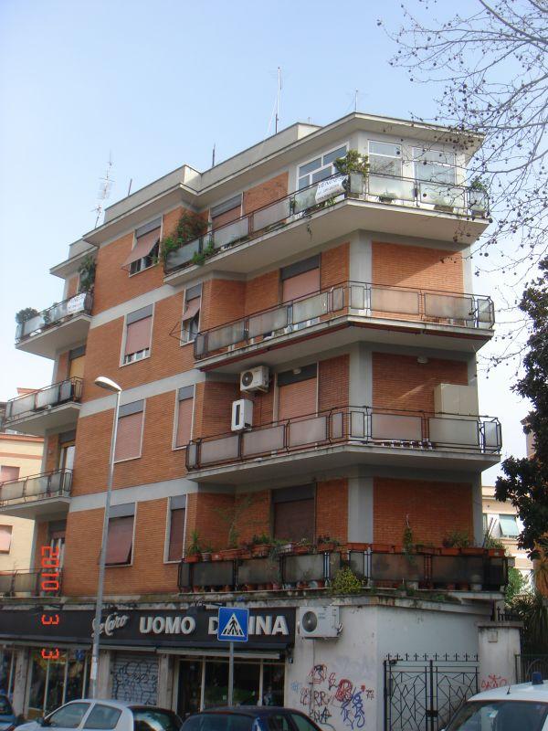 Case roma blog attico in vendita roma centocelle for Case in vendita roma