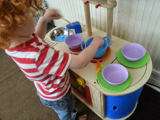 Green Toys Recycled Plastic Cookware And Dining Set Review playing cooking