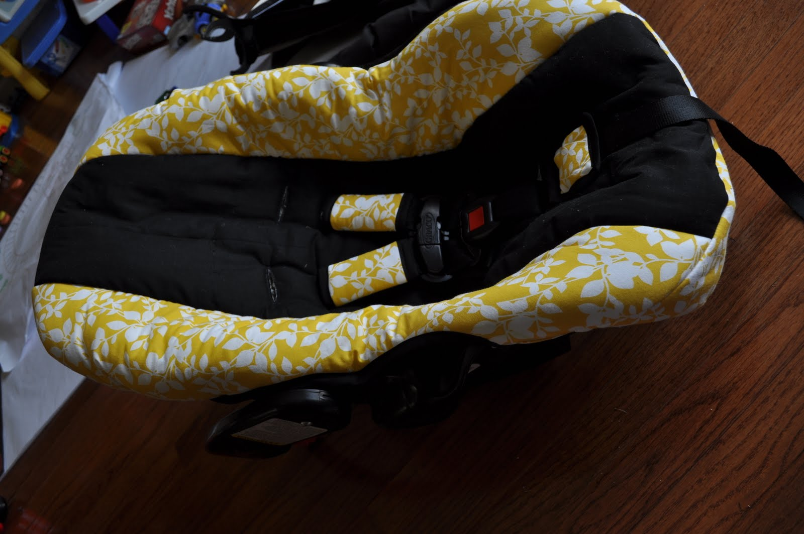 Graco Snugride Car Seat Sale