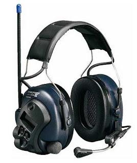 Наушники PELTOR MT7H7A430B (Lite-Com III) со встроенной LPD радиостанцией 10 мВт LCD дисплеем динамическим микрофоном наголовным креплением