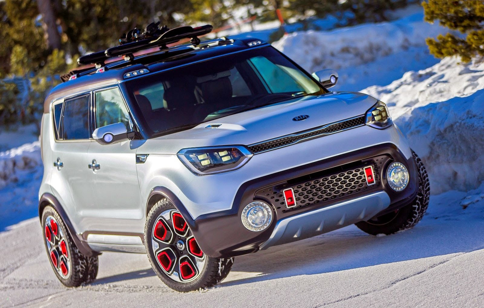 the kia soul trail 39 ster electric awd turbocharged. Black Bedroom Furniture Sets. Home Design Ideas