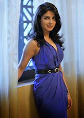 """<a href=""""http://clickyess.blogspot.in/2013/10/hot-sexy-pics-of-priyanka-chop"""">Priyanka Hot Pics</a>"""