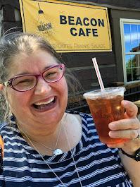 2020 Beacon Cafe, Iced White Peach Iced Tea, Winesburg, OH