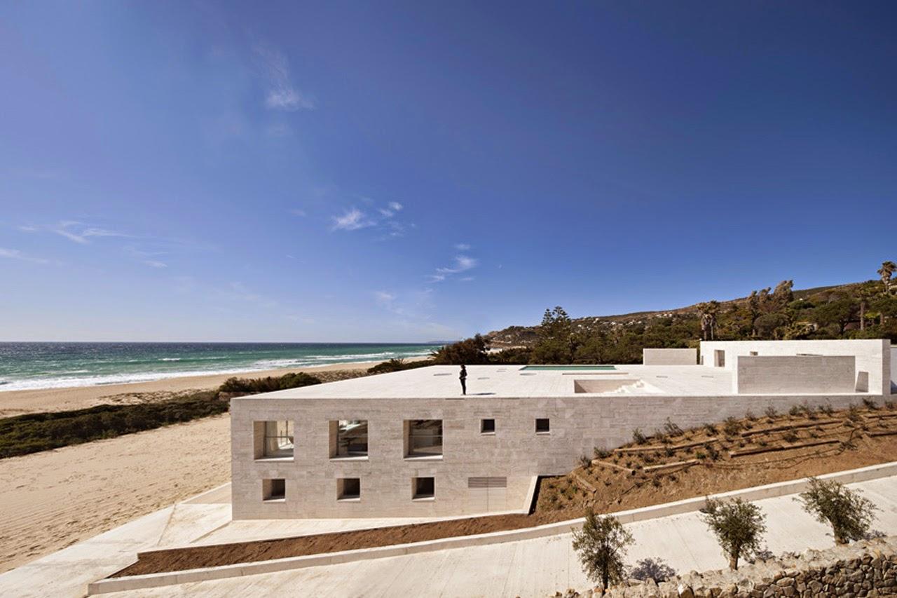 Monument der Unendlichkeit - Haus in Cadiz, Spanien