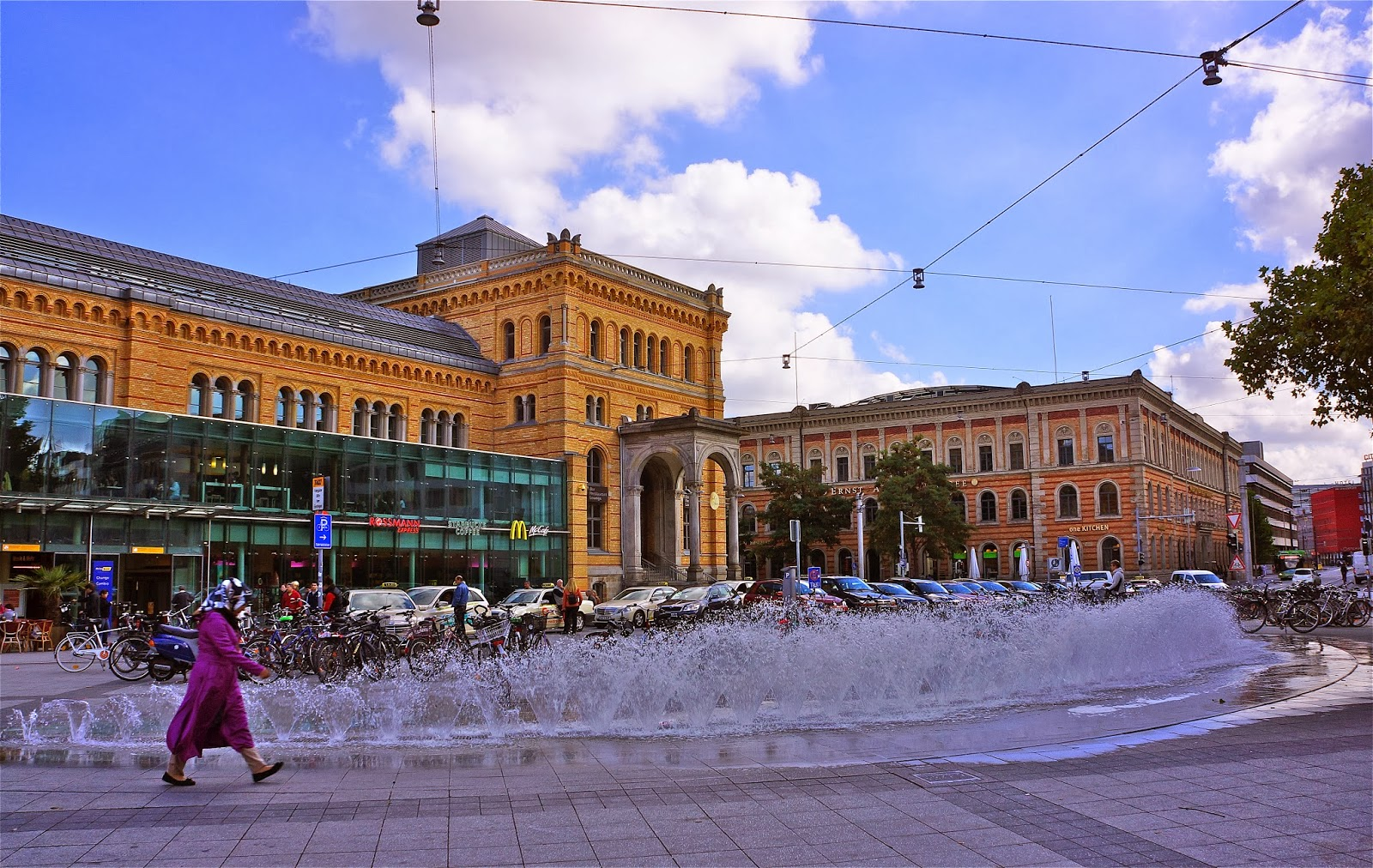Picture of Hauptbahnhof Hannover, Germany.