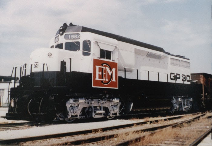 E T H N I D I Identidade Visual General Motors Locomotives Demonstrator Paintings Eua