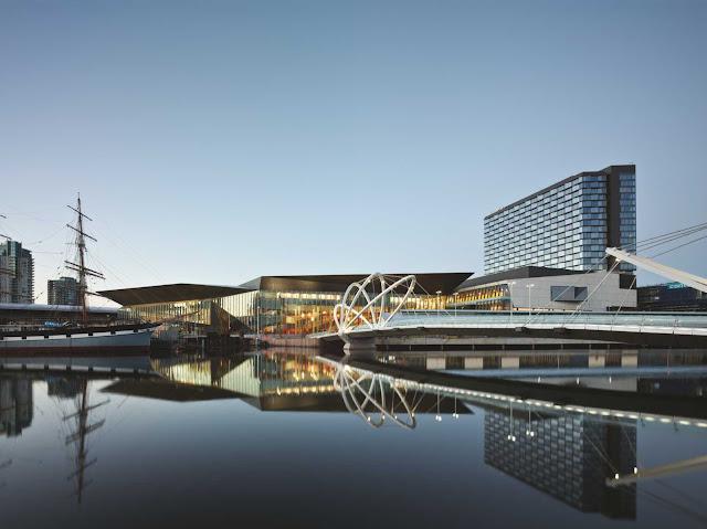 01-Melbourne-Convention-and-Exposición-Centre-por-Woods-Bagot