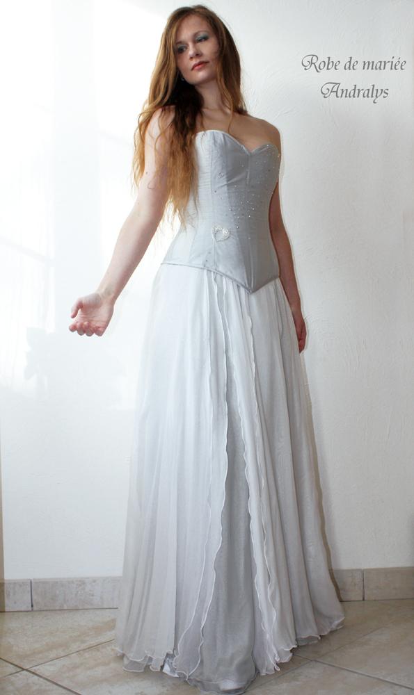 robes de mari e bordeaux gironde aquitaine robe de mari e cristallis e pour mari e d 39 hiver. Black Bedroom Furniture Sets. Home Design Ideas