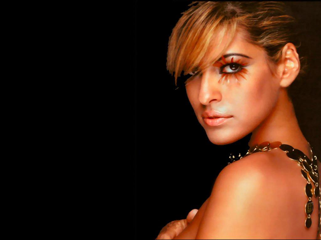 http://2.bp.blogspot.com/-nU6HwMPpDQw/TzVnOZmfVII/AAAAAAAAJPE/WePqlXDckBI/s1600/Eva-Mendes-Wallpapers-Latest-.jpg