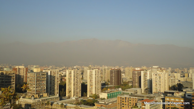 Cordilheira dos Andes vista do Mirante do Cerro Santa Lucía