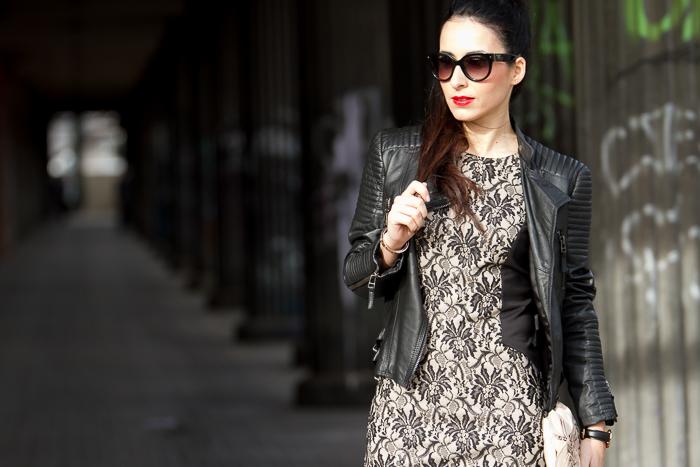 Chaqueta de cuero acolchada de Zara color negro con vestido de encaje Olimara España blogger moda tendencias withorwithoutshoes