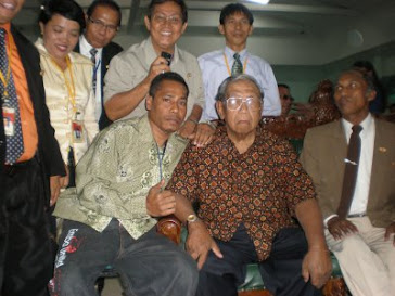 Kosaplawan News bersama Mantan Presiden RI Gus Dur (almarhum)