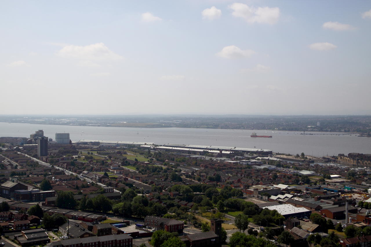 the river mersey Get to know the sights of liverpool with an outing that takes you out on the waters  of the mersey for a grand look around the storied city.