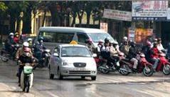Quy định mới về thu phí đăng ký ô tô, xe máy