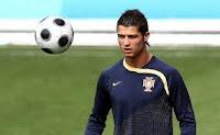 Cristiano Ronaldo | 5 Pemain Sepakbola Terkaya di Dunia 2011
