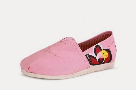 http://www.dressale.com/stylish-angrybird-printed-canvas-flat-shoe-p-61261.html