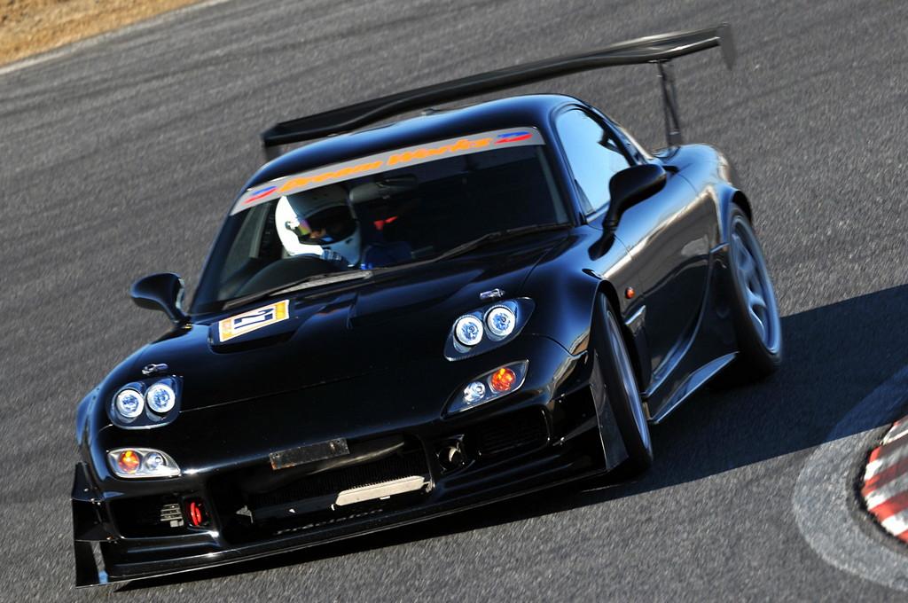 Mazda RX-7, FD, tuning, wyścigi, racing, modyfikacje, silnik wankla, sport, sportowy samochód z duszą, kultowy