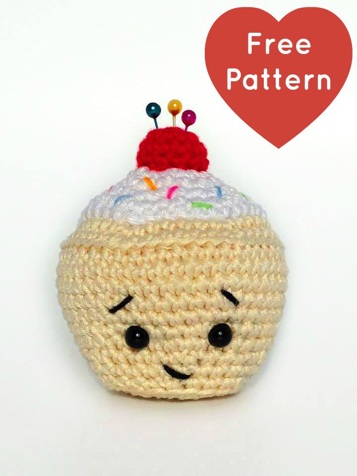 Heart Sew Little Cupcake Pincushion Free Crochet Amigurumi