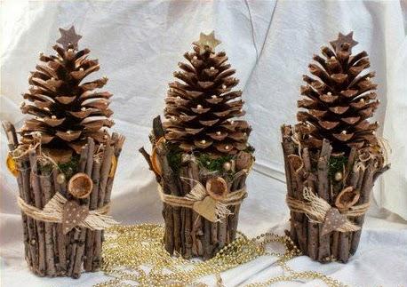 Relas decorazioni per natale di pigne un progetto low - Pigne decorate natalizie ...