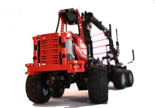 LEGO Komatsu 840 Forwarder