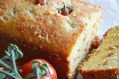 cake aromatico al pomodoro