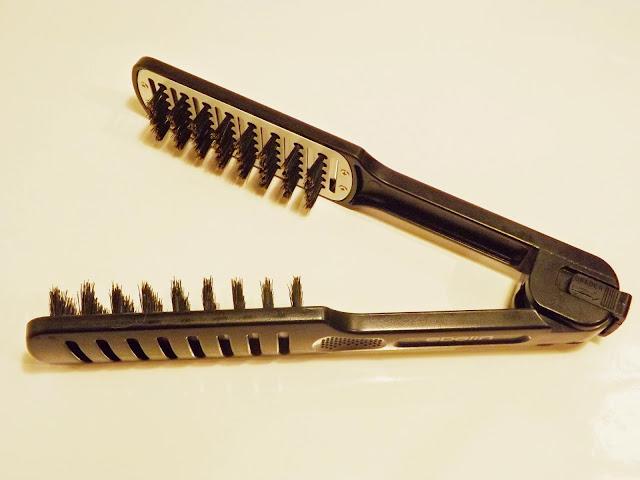 Ebelin Haarglättungsbürste aufgeklappt