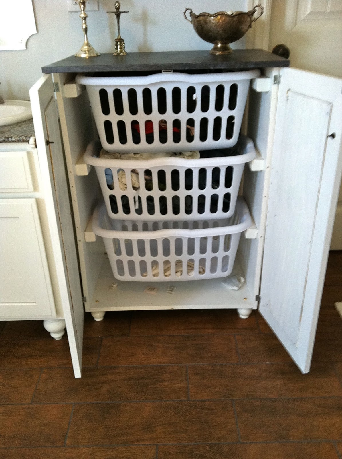 7 diy projects for renters laundry basket dresser pinterest solutioingenieria Gallery