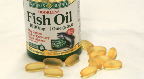 Fish oil study only relationship between cancer omega 3 for Fish oil cancer