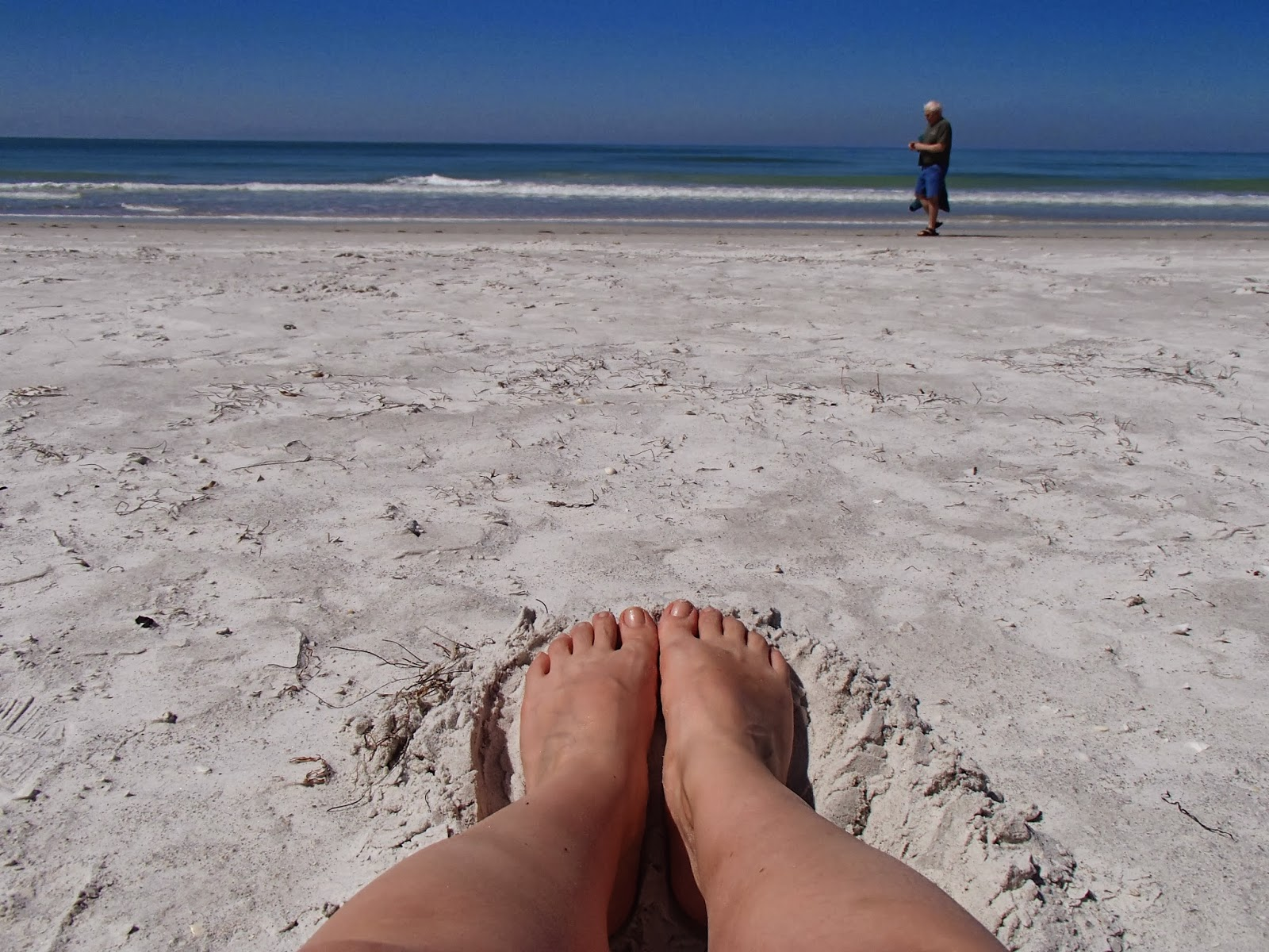 Gulf Coast Beach Feet | Navigating Hectivity by Micki Bare